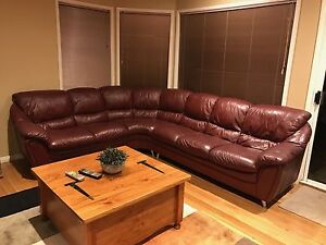 8 Seater Couch in great condition Aspendale Gardens Kingston Area Preview