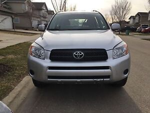 2008 Toyota RAV4 with new engine for sale!!