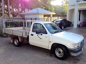 1997 Toyota Hilux Ute 2.7l with RWC. Cairns Cairns City Preview