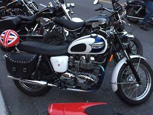 2006 Triumph Bonneville T100