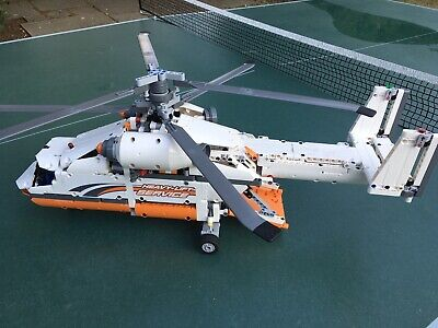 Lego Technic Heavy Lift Helicopter 42052. Power Functions