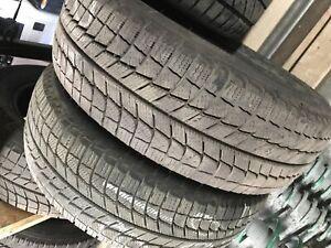2 Pneu hiver 215-60-16 Michelin !