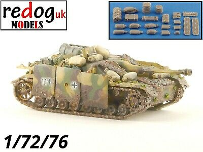 Redog 1:76 German Stug IV Tank Military Scale Model Stowage Kit Accessories