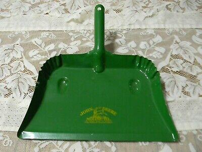 John Deere Moline ILL -   Brand New Kitchen Dustpan