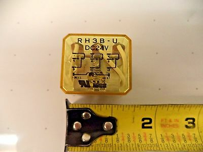 Relay 24volt Dc Plug In 3 Pdt Pn Rh3b-udc24v