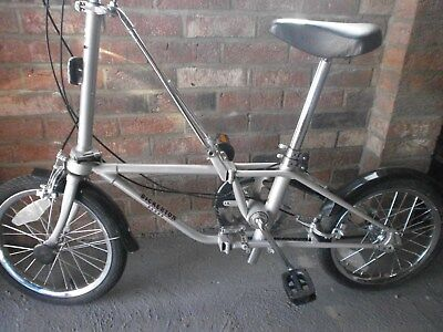 Vintage Bickerton Dahon folding bicycle, excellent condition, with carry bag.