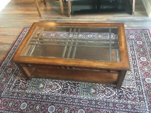 Coffee Table on Great Condition