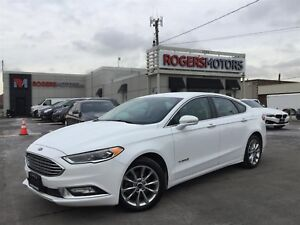 2017 Ford Fusion Hybrid SE - LEATHER - REVERSE CAM - HTD SEATS