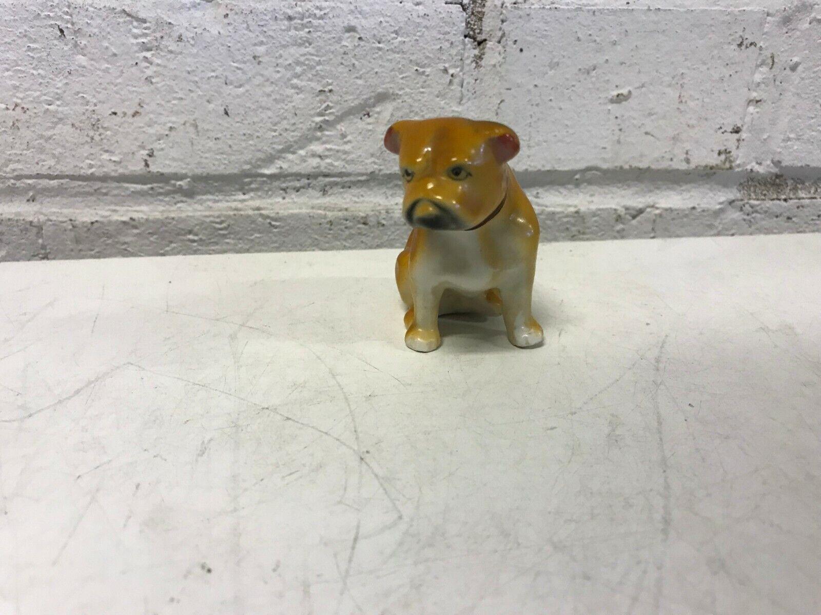 Bulldog anglais figurine chinois marron assis