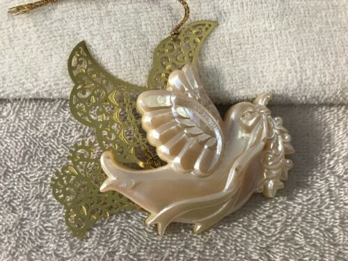 Vintage Taiwan Christmas ornament brass with plastic dove of peace CH5683