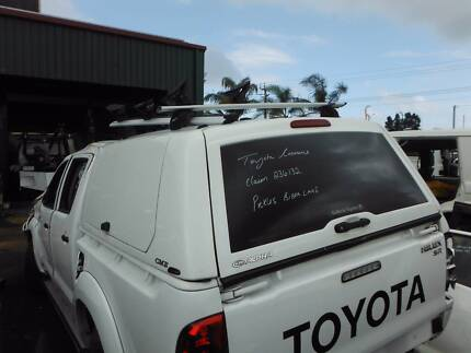 Toyota Hilux CME ALPHA CANOPY