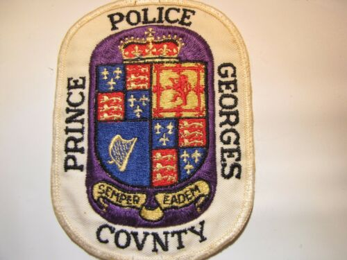 Vintage Obsolete Prince Georges County MD Police Uniform Patch 8A