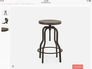 Excellent  condition bar stool 55$ each Structube