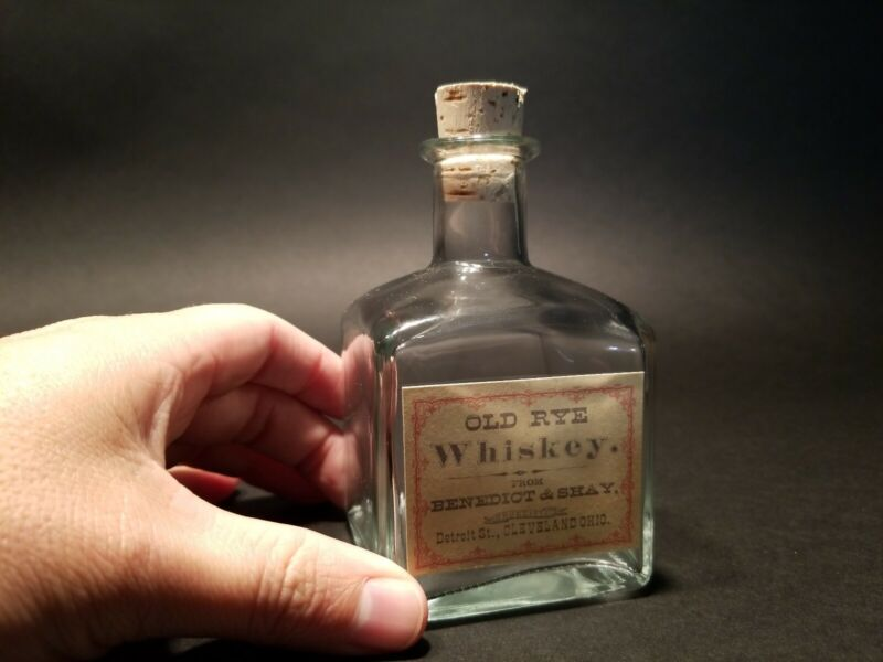 Antique Vintage Style Glass Whiskey Medicine Apothecary Decanter Bottle