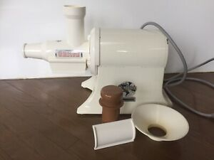 Champion Heavy-Duty Commercial juicer