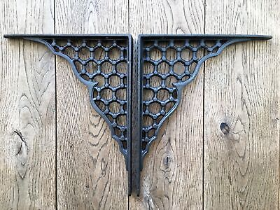 A PAIR OF LARGE HONEYCOMB SHELF BRACKETS CAST IRON WALL SHELF BRACKET