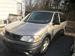 2004 Pontiac Montana for parts as is
