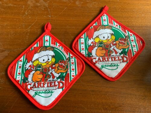 Pair Vintage 1978 Garfield Christmas Goodies Hot Pads - Excellent