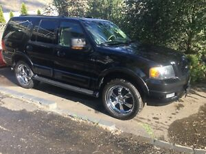 2004 ford Expedition lifted 22's 4x4 swap trade