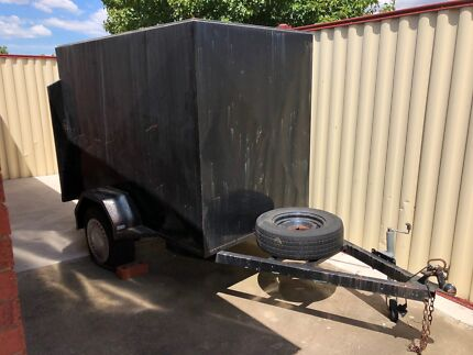 7x4 Box Trailer with Rego