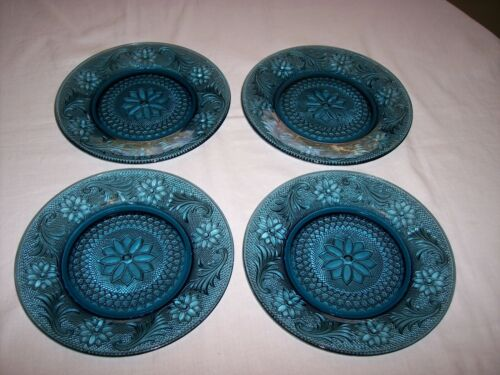 "Set of 4 Tiara Sandwich Colonial Blue 8 3/8"" Salad Plates"