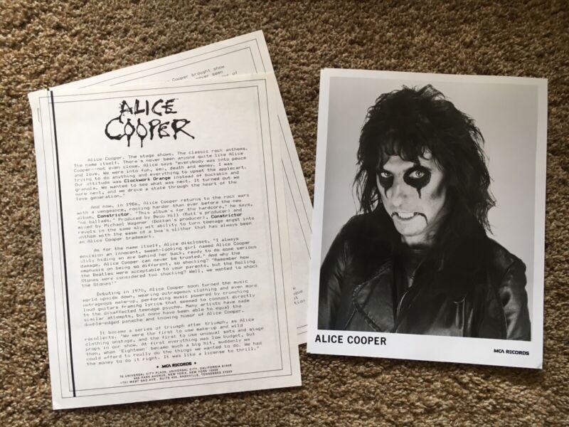ALICE COOPER RECORD COMPANY PHOTO AND BIO