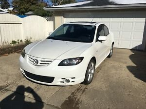 2006 Mazda 3S fully loaded.leather.in good condition.Very low km