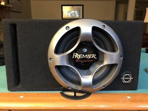 """10"""" pioneer subwoofer + pioneer amp In bassworx ported box"""