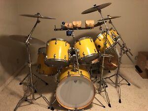 1980s Vintage Gretsch Drum Kit