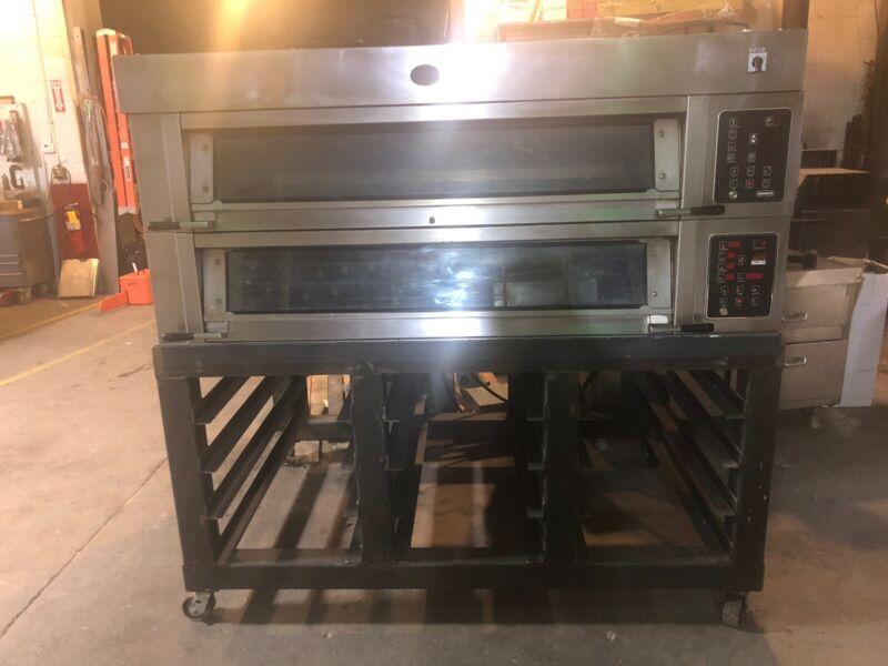 Mono/Adamatic 2 Deck 6 Pan Bread Oven!