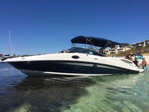 2012 Searay Sundeck 300 bowrider Bayliner Bertram sports cruiser