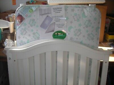 """Never used """"Babies Crib""""  Baby Relax Arelyn 2-in-1 Retail for $174. Pick Up Only"""