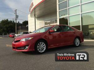 Toyota Camry Berline 4 portes, 4 cyl. en ligne, boîte automatiqu