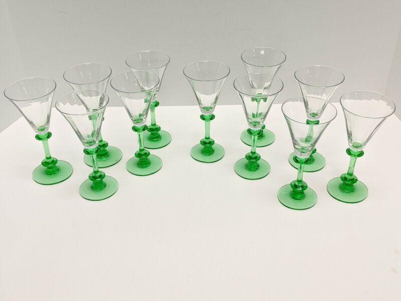 VINTAGE GREEN STEM LIQUEUR CORDIAL APERITIF DESSERT WINE CRYSTAL GLASS AMERICAN