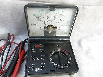 Vintage Multimeter Volt Ohm Meter Micronta 22-211 Vom Clam Shell Design