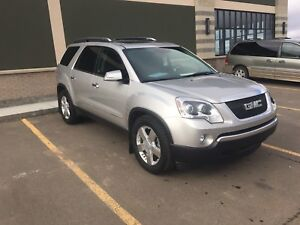 2008 GMC Acadia SLT2 AWD for sale. Fully loaded.Only $9900!!OBO