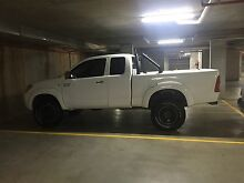 Toyota Hilux SR5 4x4 Extra Cab Curl Curl Manly Area Preview