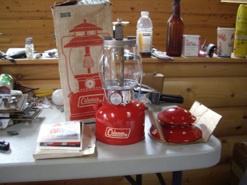 COLEMAN 200a red single mantel lantern 05/72  UNFIRED Original Box Manual NEW