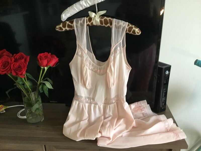 Vintage KAYSER Luxite SHEER RUCHED Pink Nylon Lace Nightgown LINGERIE Nightie 34