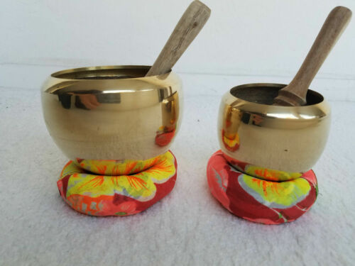 4 Singing bowls, 3 and 4 Inch handmade brass, cushion & mallets