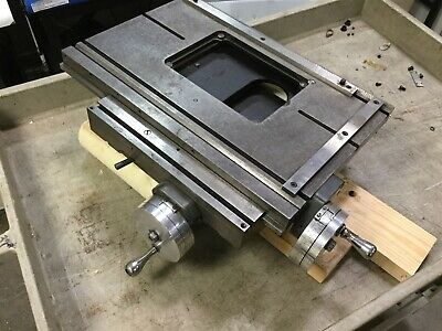 Xy Manual Positioner Travel 6 X 5 Dimensions 18 X 12 1 Axis Is Stiff