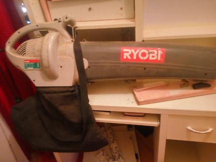 Ryobi electric blower vac