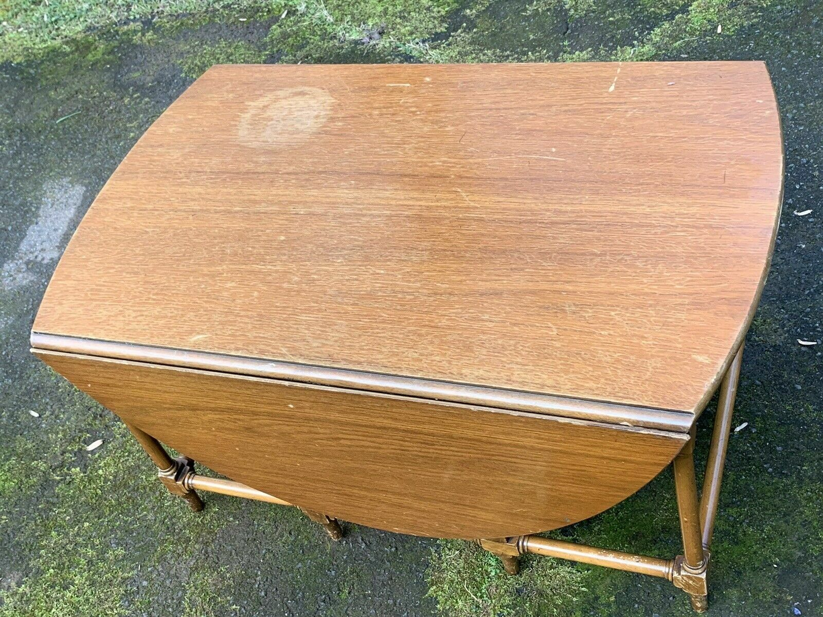 Beacon Hill Collection Mahogany Drop Leaf Gate- Leg Table Coffee Table Damage - $149.00