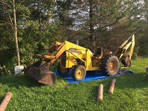 Massey Ferguson tractor with Backhoe and Loader PERKINS Diesel