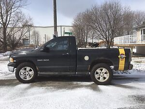 2004 Dodge Ram 1500 rumble bee 4x4