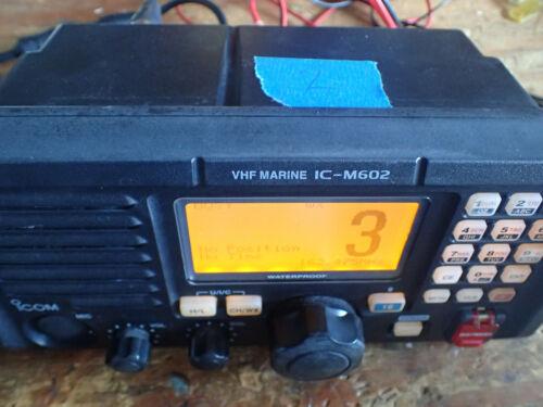ICOM IC-M602 Marine VHF Radio w/ HM-136B Mic
