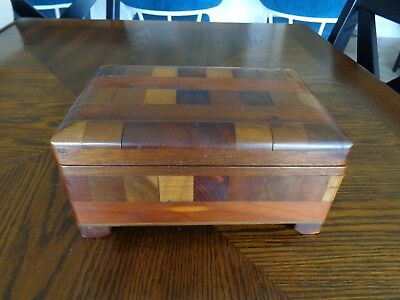 Wooden jewelry trinket box Wooden Mosiac Design Hinged Footed - Hinged Wooden Box