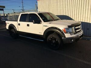 2013 Ford F-150 XLT>>>>LOW KMS<<<<