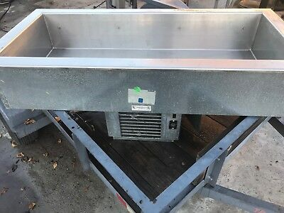 Delfield Commercial Drop-In Self-Contained Mechanically Cooled Cold Pan