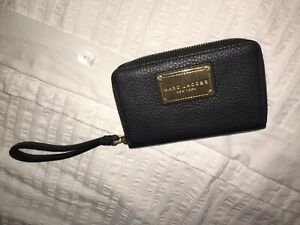 Marc Jacobs wormn wallet